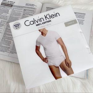 Calvin Klein V-Neck T-Shirt - Pack of 4